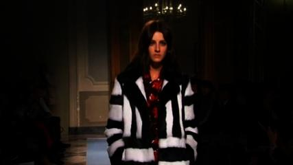 News video: Blugirl and Just Cavalli present their collections at Milan Fashion Week